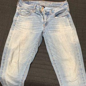 AE light denim skinny jegging jeans